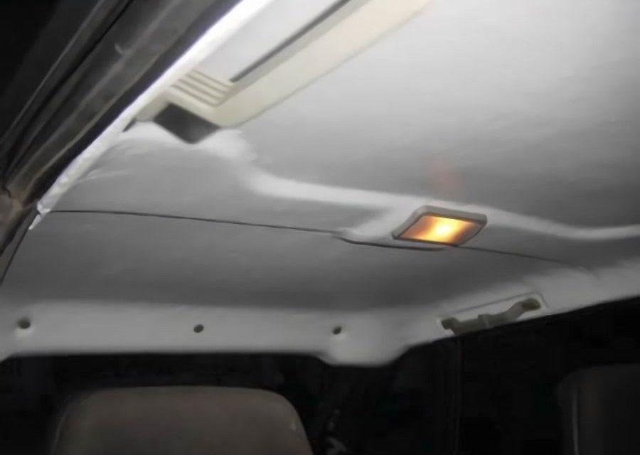 Como tapizar el techo del automóvil